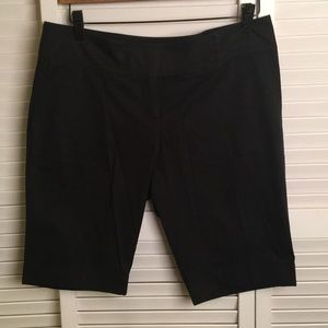 Authentic BURBERRY Bermuda Shorts 🇬🇧EUC! SZ 8
